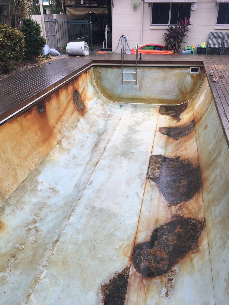 Liner swimming pool restoration Queensland